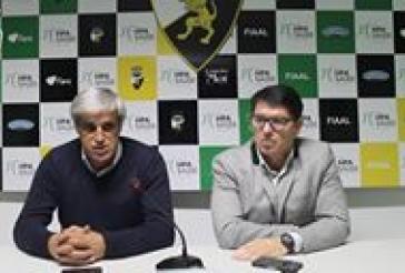 Conferencia de imprensa de apresentação do novo treinador